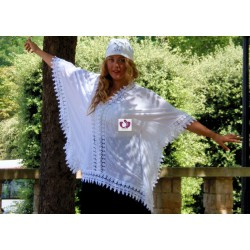 WHITE SHAWL NAIVE  WITH LACE