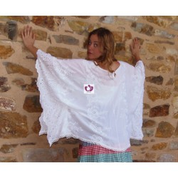 WHITE SHAWL EMBROIDERED